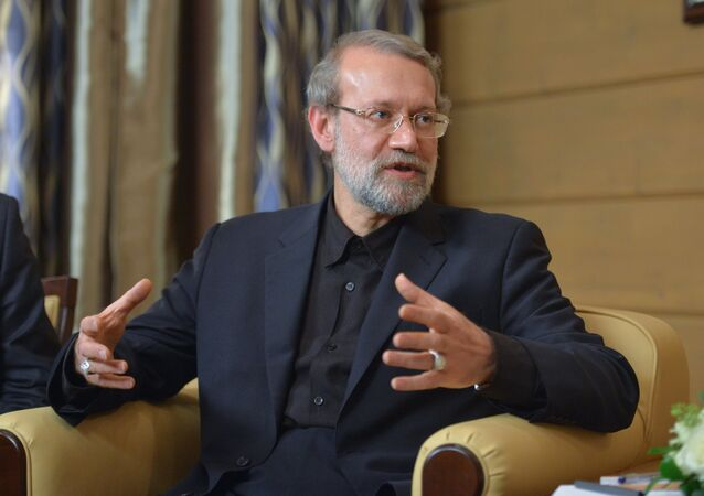 Presidente do Conselho Consultivo Islâmico (parlamento) da República Islâmica do Irã Ali Larijani.