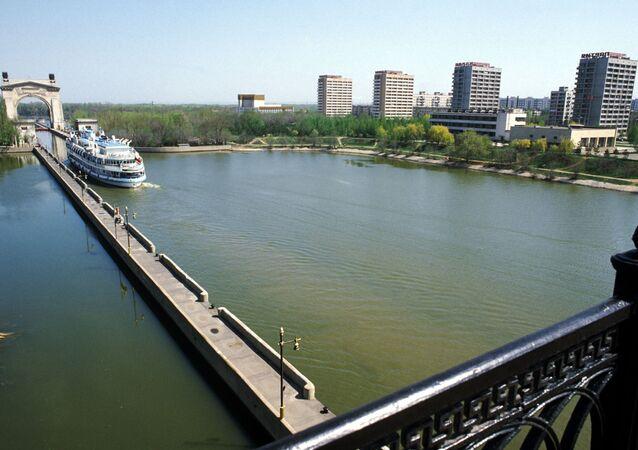 Entering Volgograd Through Shipping Lock