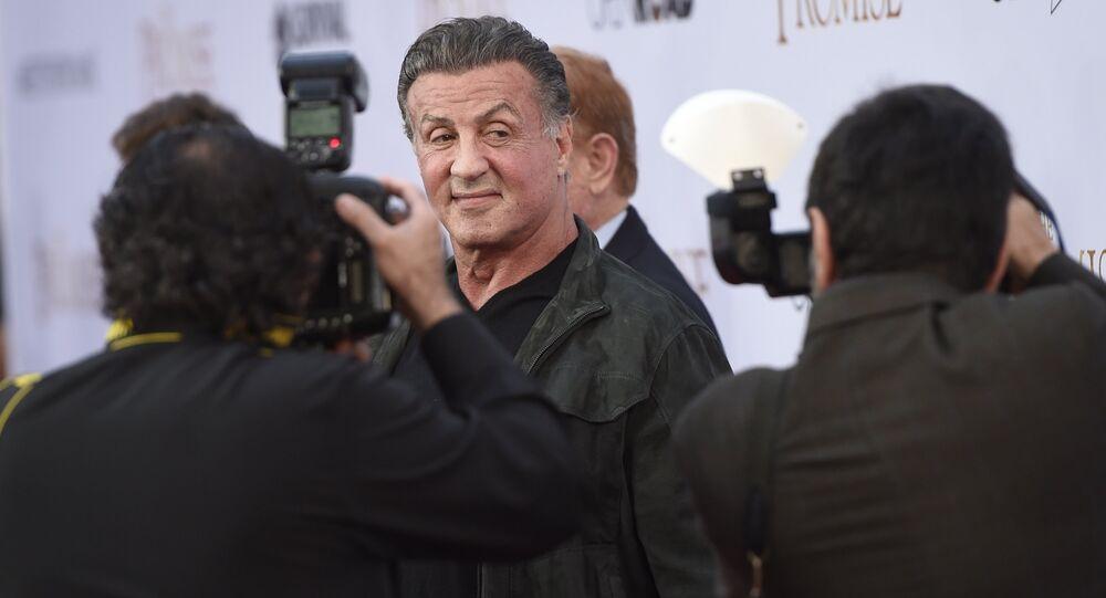 Sylvester Stallone nos EUA para estreia do filme The Pomise, em abril de 2017.