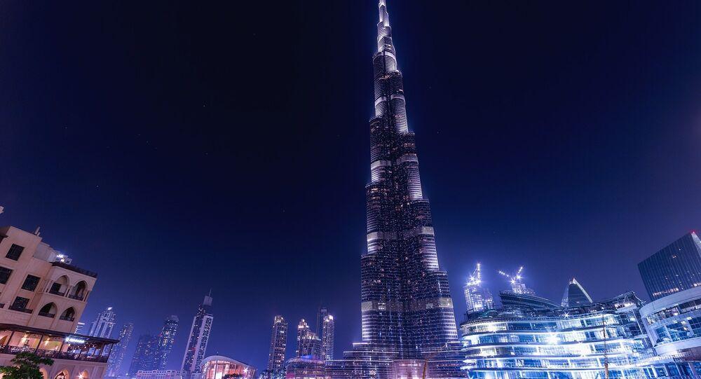 Edifício mais alto do mundo – o arranha-céu Burj Khalifa em Dubai