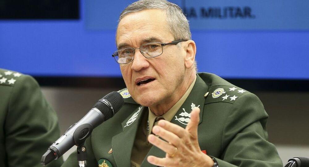 Comandante do Exército, general Eduardo Dias da Costa Villas Bôas, participa de audiência na Comissão de Relações Exteriores e de Defesa Nacional