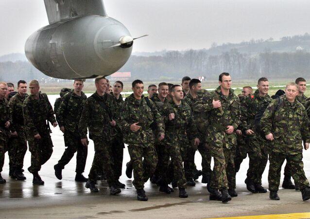 Militares britânicos na cidade de Banja Luka, Bósnia e Herzegovina (foto de arquivo)