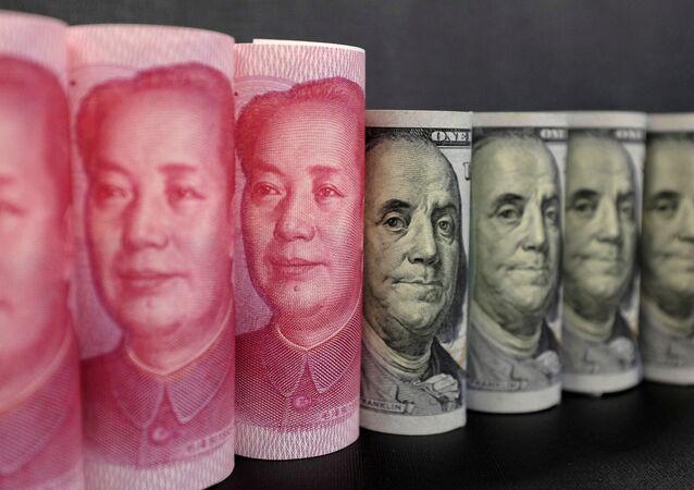 Yuan e dólar (imagem referecial)