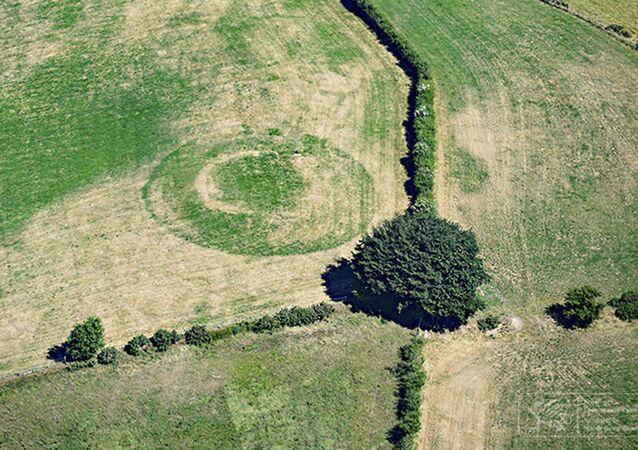 Rastros de antigas construções descobertas no País de Gales