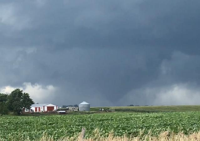 Tornados causam estragos no centro de Iowa