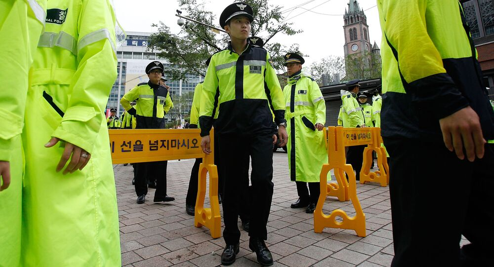 Seoul prosecutors have sent a request to the South Korean Justice Ministry to deport a woman for expressing alleged sympathies toward North Korea