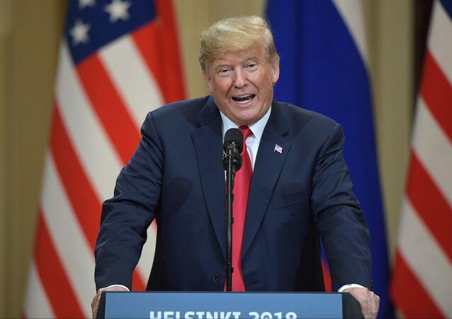 Presidente dos EUA, Donald Trump, durante coletiva de imprensa com o presidente da Rússia, Vladimir Putin, após a reunião em Helsinque, em 16 de julho de 2018