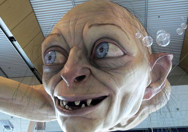 Escultura gigante de Gollum exposta no aeroporto de Wellington, Nova Zelândia, 24 de novembro de 2012