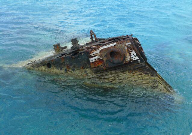 Navio afundando em Bermudas (foto de arquivo)