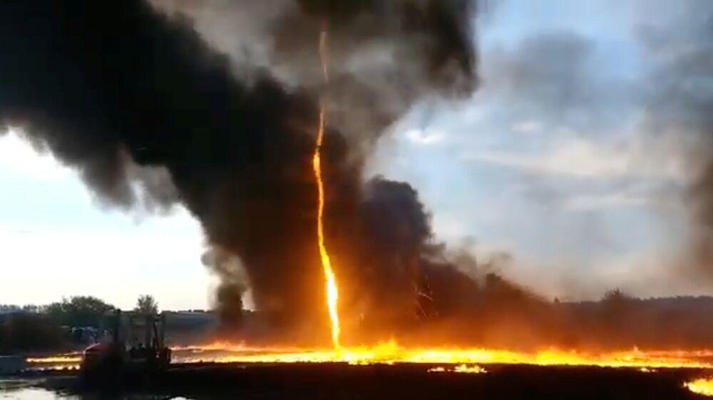 Tornado de fogo em Woodville, na Inglaterra