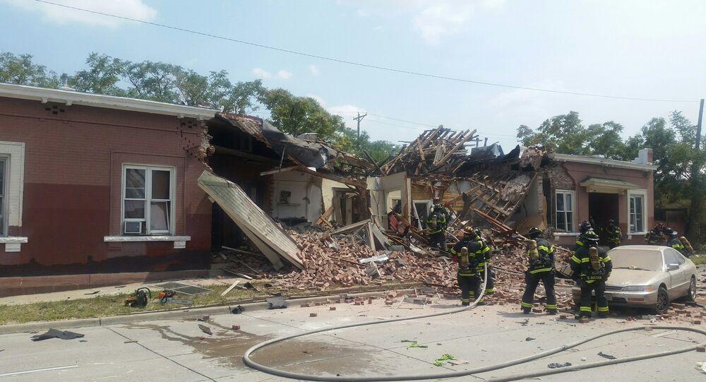 Explosão de rede de gás natural em complexo de apartamentos de Denver, Colorado, em 14 de agosto de 2018