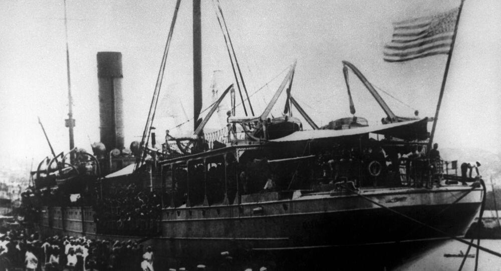 Intervenção estrangeira na Rússia entre 1917 e 1922. As tropas americanas desembarcando em Vladivostok em 16 de agosto de 1918.