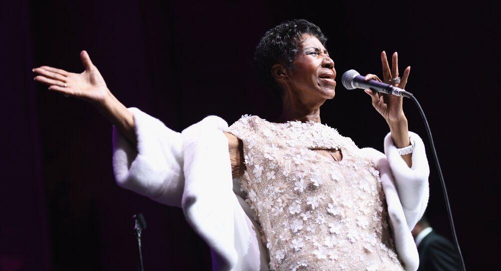 Aretha Franklin, cantora estadunidense, conhecida como A rainha do soul