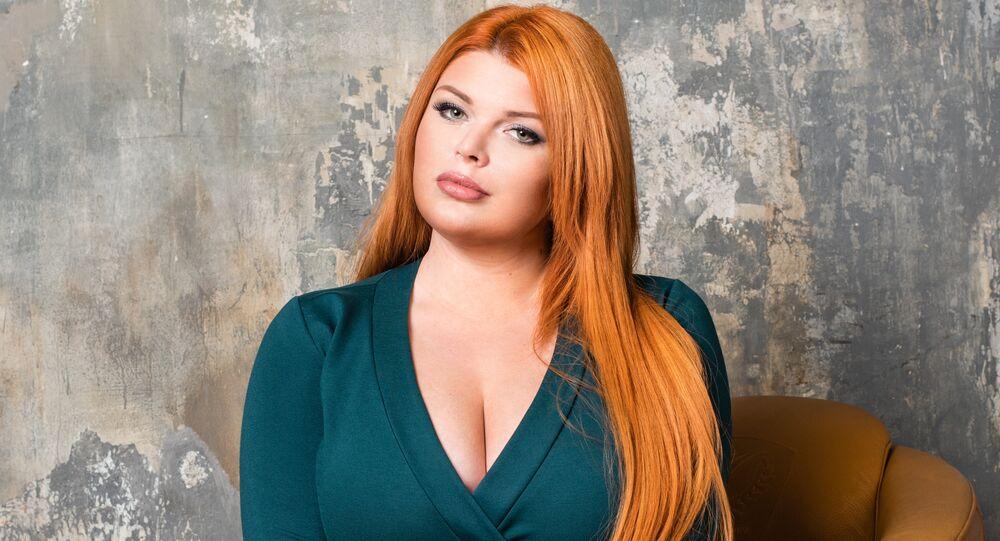 Modelo russa plus size Yulia Rybakova