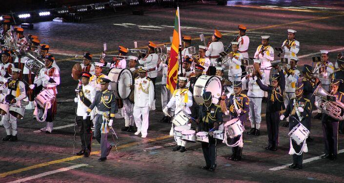 Orquestra Militar de Sri Lanka participa da abertura do festival Spasskaya Bashnya na Praça Vermelha, em 24 de agosto de 2018
