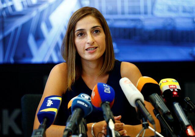 Jornalista turco-alemã Mesale Tolu, detida na Turquia em 2017 sob acusações de terrorismo