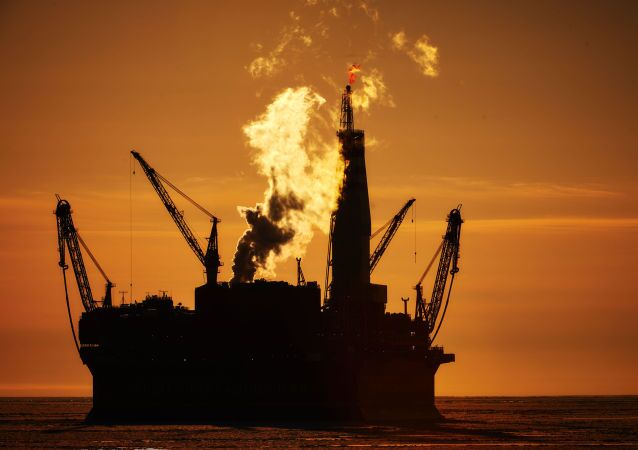 Plataforma petrolífera russa Prirazlomnaya