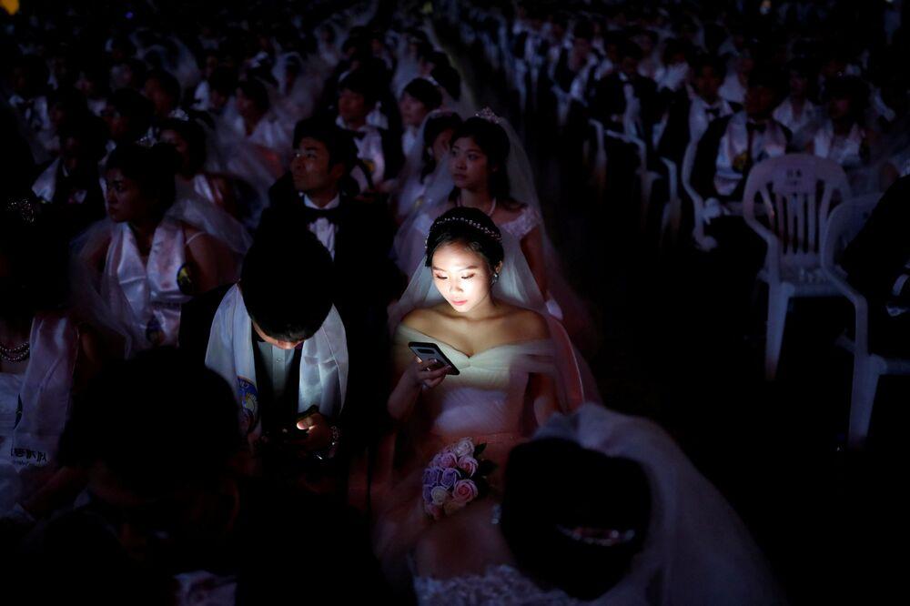 Cerimônia de casamento em massa na cidade de Gapyeong, na Coreia do Sul