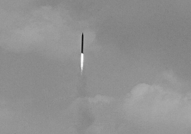 Lançamento de um míssil sovíetico, em 1970 (foto de arquivo)