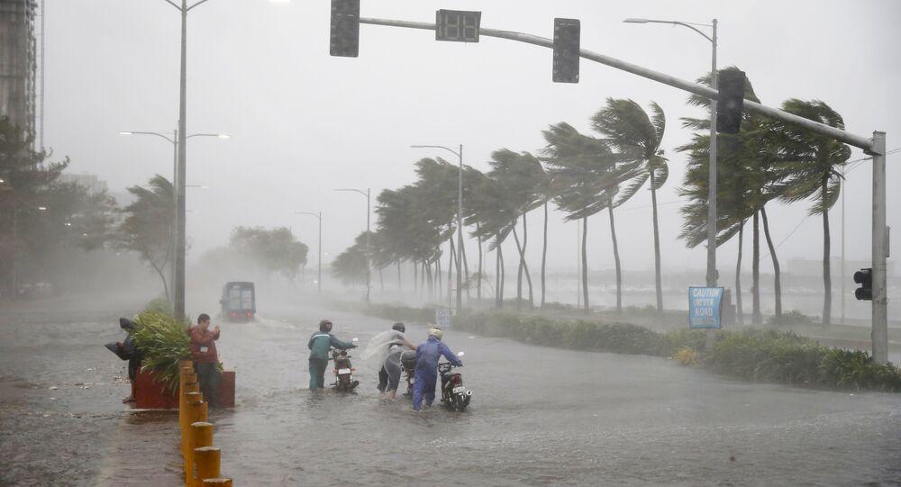 Tufão Mangkhut nas Filipinas