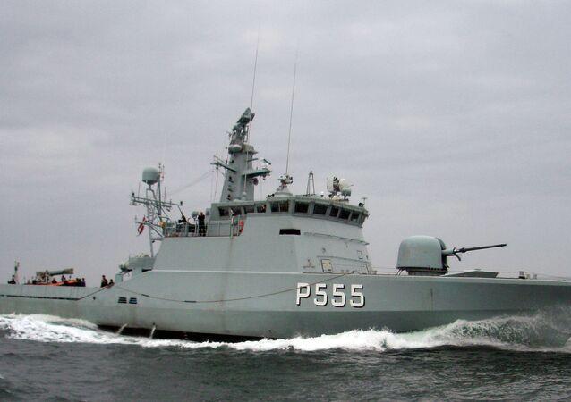 Navio dinamarquês SF300 Storen (P555)