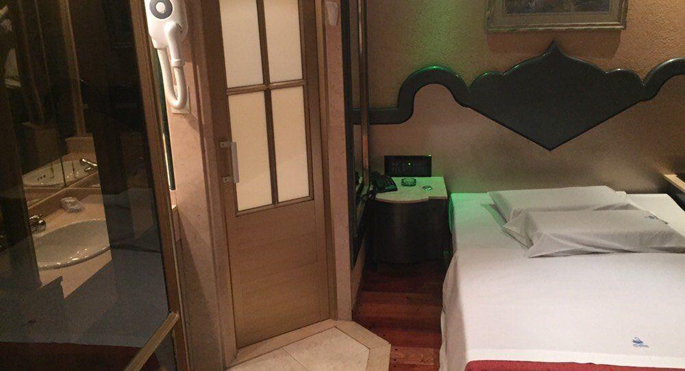 Quarto de motel em Buenos Aires, Argentina