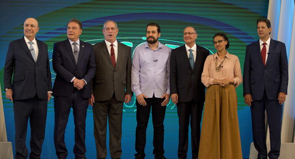 Candidatos posam antes do debate na Globo