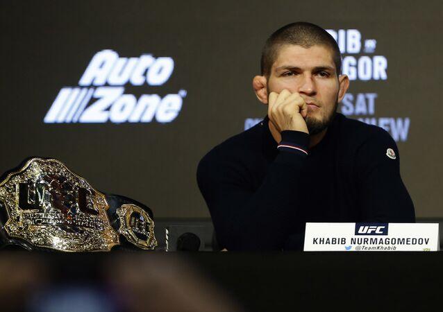 Khabib Nurmagomedov durante a coletiva de imprensa antes do UFC 229 em Nova York, 20 de setembro de 2018