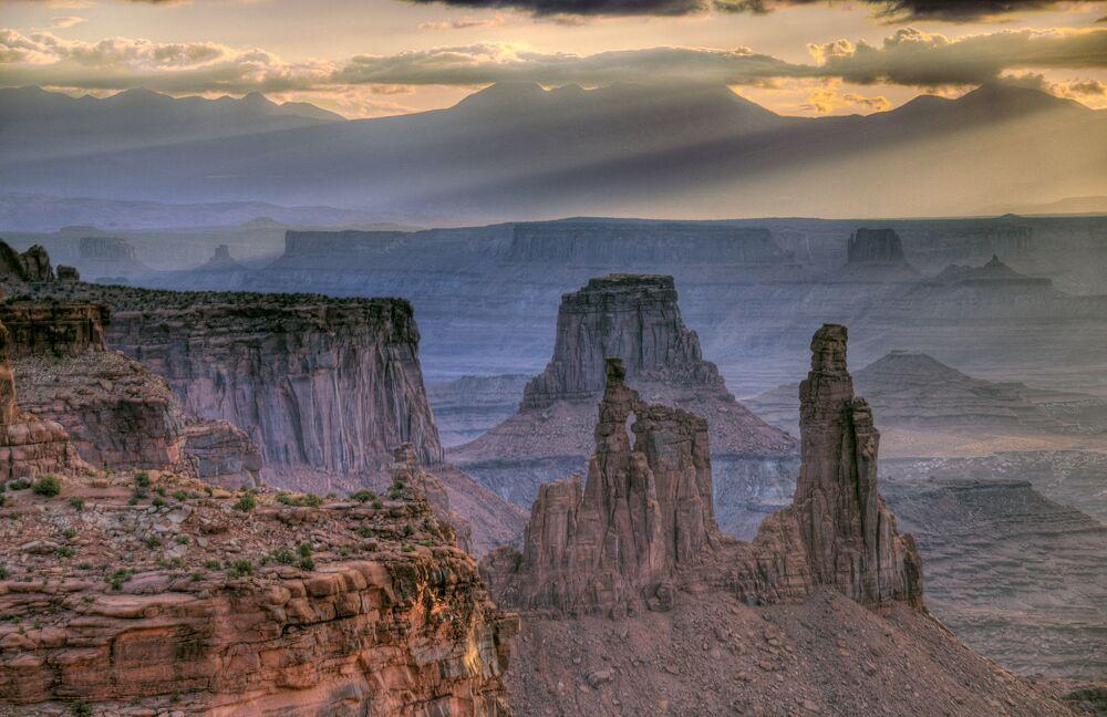 O chamado labirinto do Parque Nacional de Canyonlands é um verdadeiro desafio para visitantes com caminhos sem saída em meio de formações rochosas.
