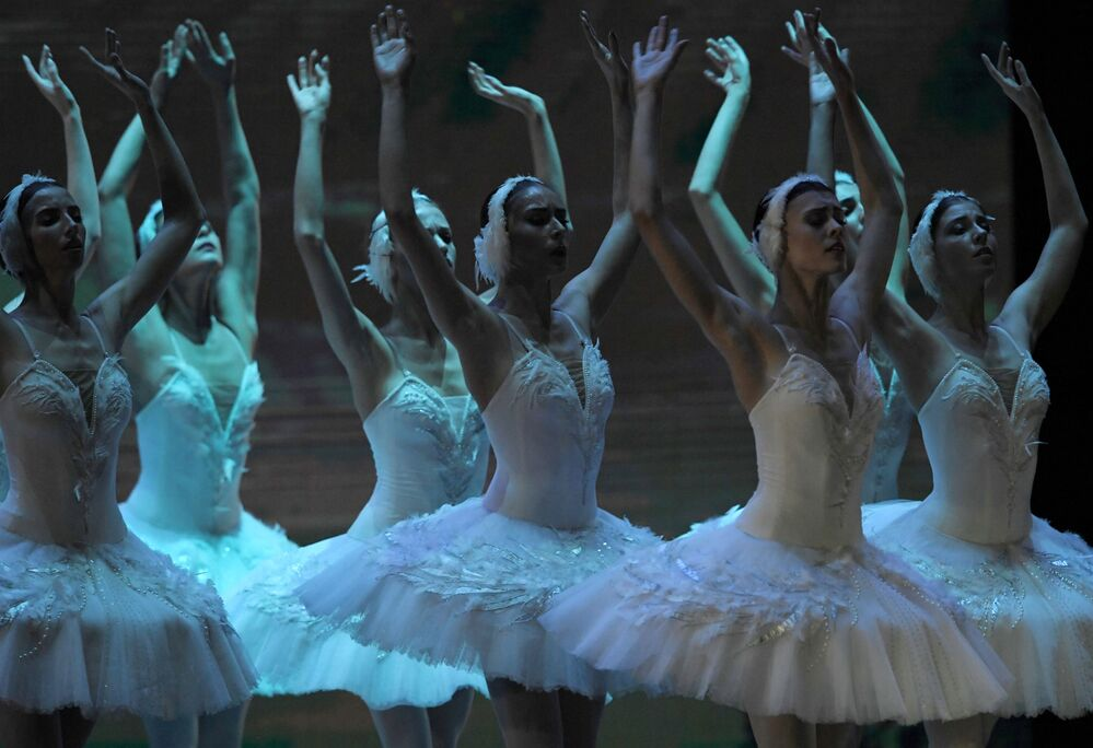 Participantes do concerto Estrelas de Balé do século XXI no Palácio Estatal do Kremlin