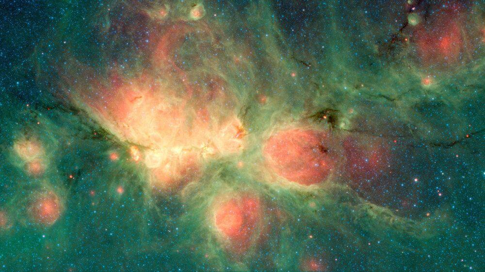 Nebulosa Pata de Gato, registrada pelo telescópio espacial Spitzer
