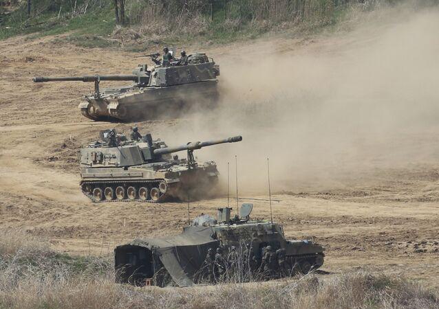 Sistemas de artilharia autopropulsada K9