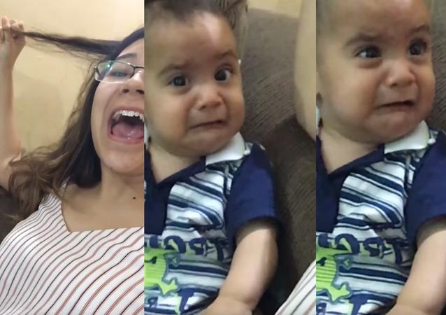 Bebê chora ao ouvir sua tia cantando