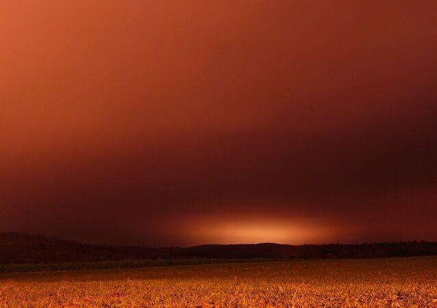 Сéu vermelho após uma tempestade