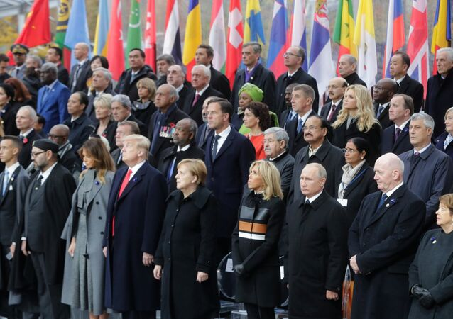 Líderes mundiais durante os eventos comemorativos dos 100 anos do armistício na Primeira Guerra Mundial, em Paris, 11 de novembro de 2018