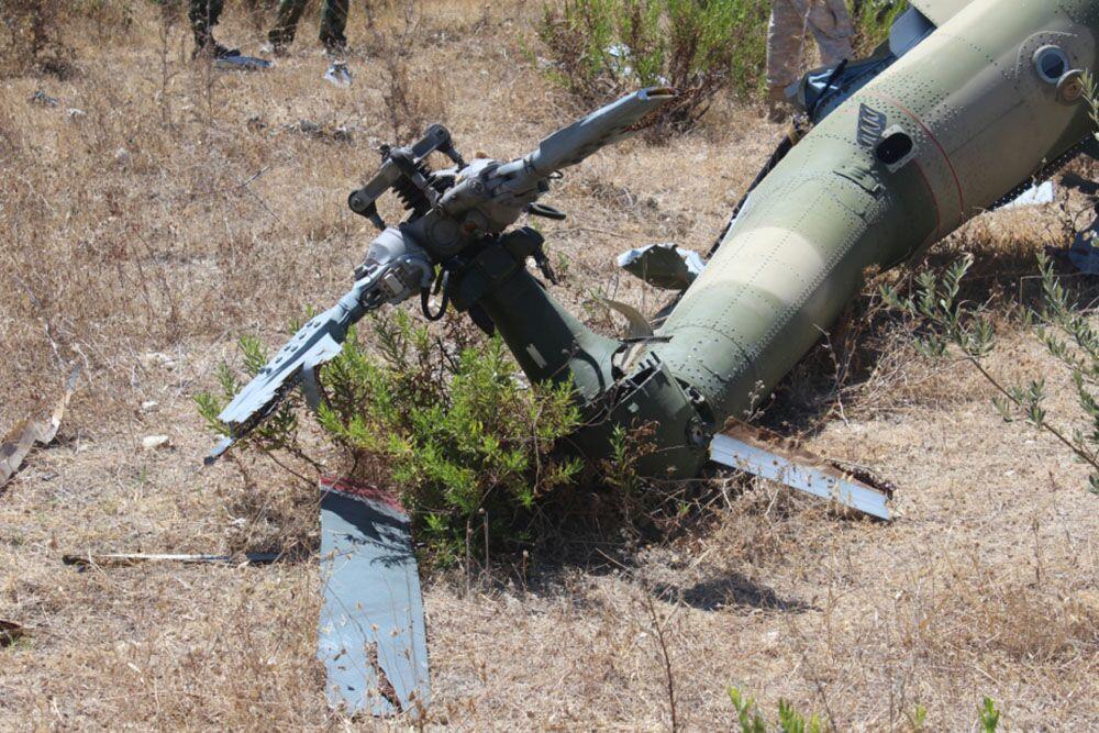 Restos do helicóptero de resgate russo derrubado na Síria em 2015