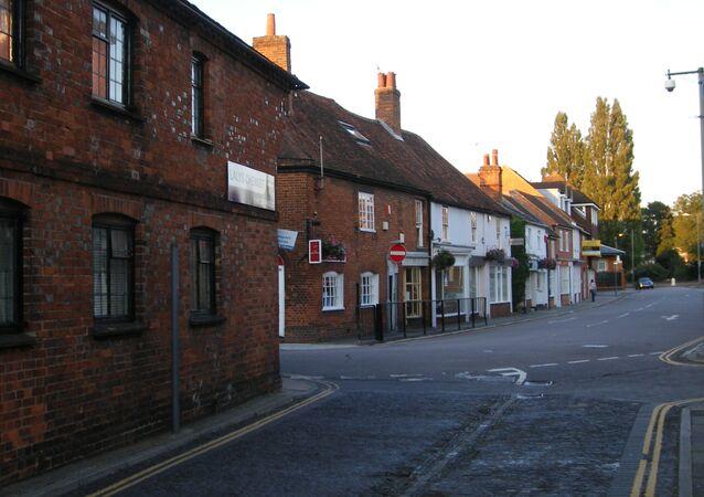 Rua na Inglaterra (imagem referencial)