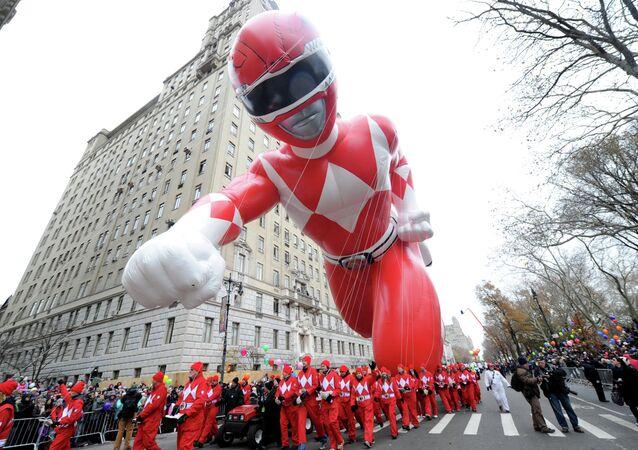 O Power Ranger vermelho no desfile anual do Dia de Ação de Graças em Nova York, 27 de novembro de 2014 (imagem referencial)