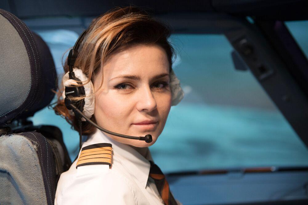 Maria Uvarovskaya, comandante da aeronave Airbus A320 da companhia estatal de aviação russa Aeroflot