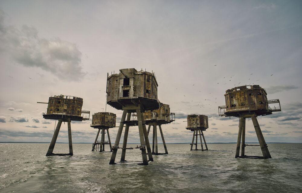 Red Sands Sea Forts (Fortalezas do mar de areia vermelha), imagem do fotógrafo Mark Edwards