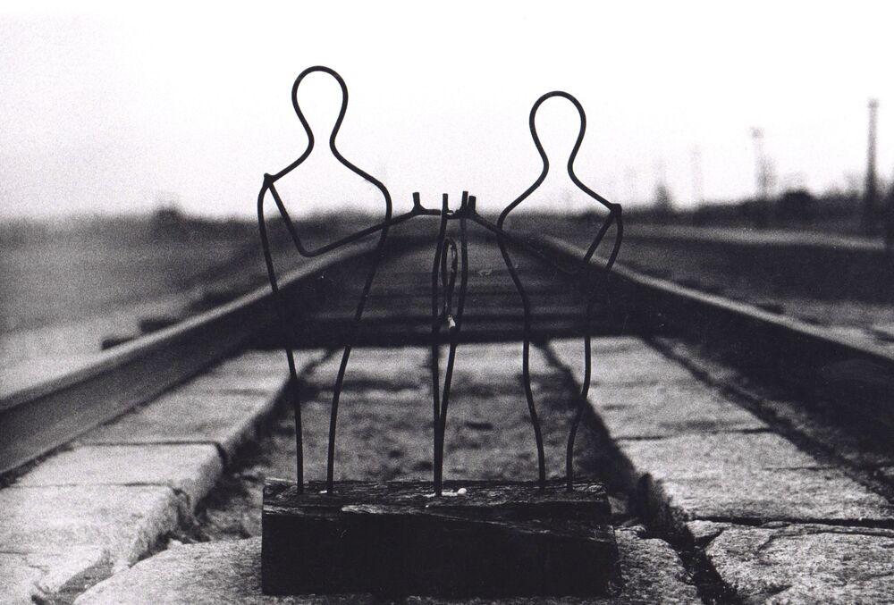 Campo de concentração de Auschwitz, imagem da fotógrafa Eleanor Killner