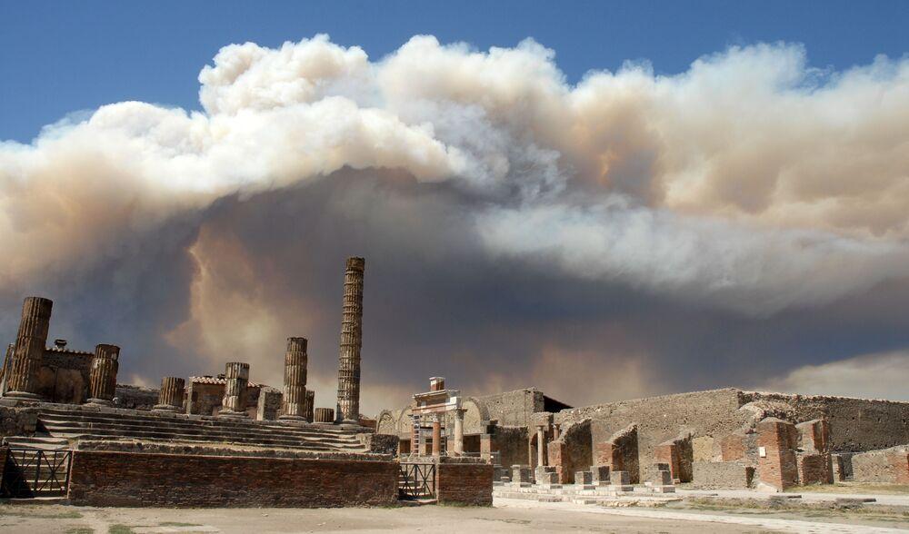 Ruínas da cidade de Pompeia, imagem do fotógrafo Juan Pablo Lasterra