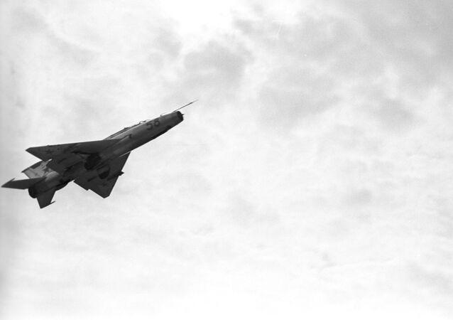 Caça MiG-21 da época soviética (foto de arquivo)
