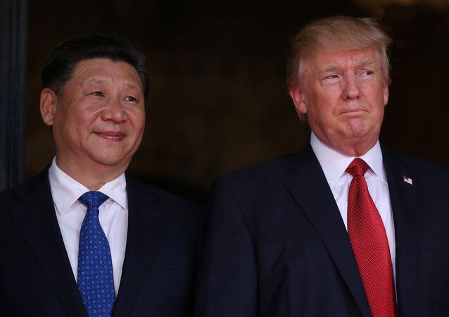 Presidente norte-americano Donald Trump e presidente chinês Xi Jinping