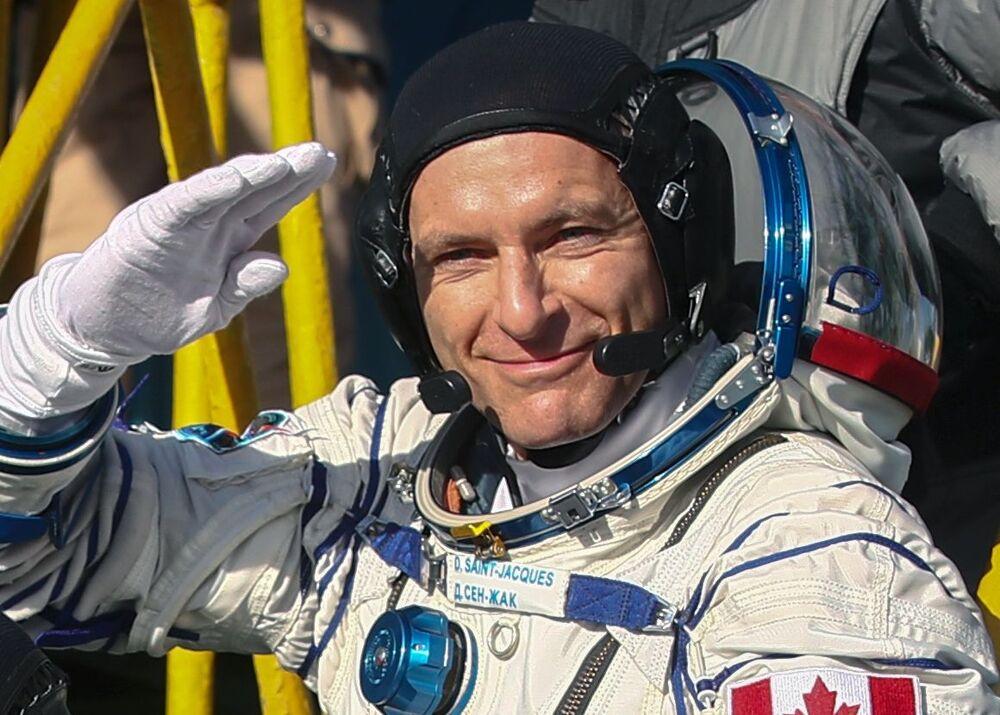 Tripulante da espaçonave Soyuz MS-11, astronauta David Saint-Jacques da Agência Espacial Canadense.