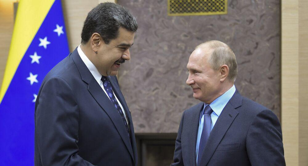 Nicolás Maduro, presidente da Venezuela, em encontro com o líder russo, Vladímir Putin, em Moscou