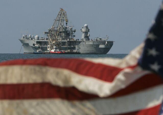 USS Mount Whitney, navio da 6ª Frota da Marinha dos EUA (imagem de arquivo)