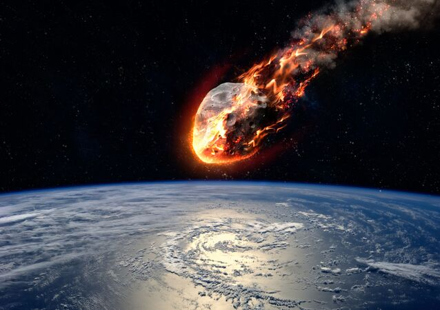 Meteoro entrando na atmosfera terrestre (imagem referencial)