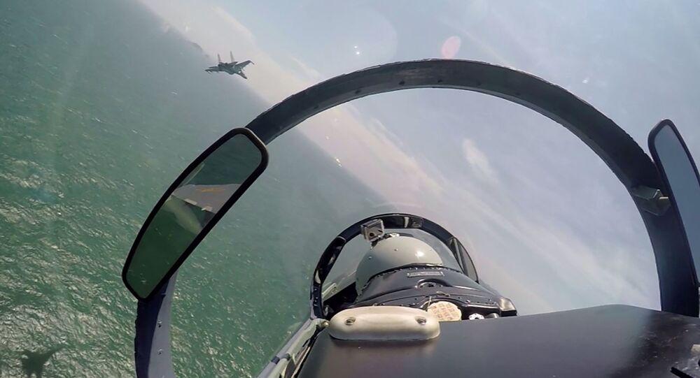 Сaças chineses patrulhando mar do Sul da China (imagem referencial)