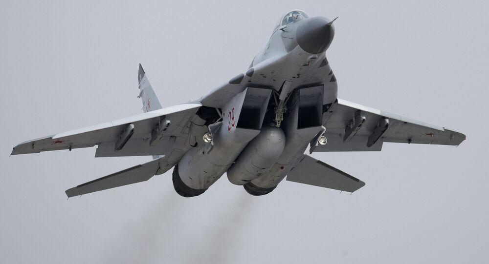 Caça MiG-29 (foto de arquivo)